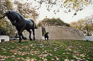 Animals in War Memorial
