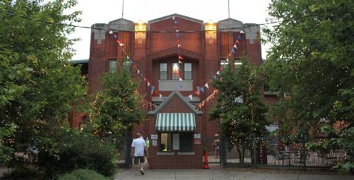 Evansville attractions for adults